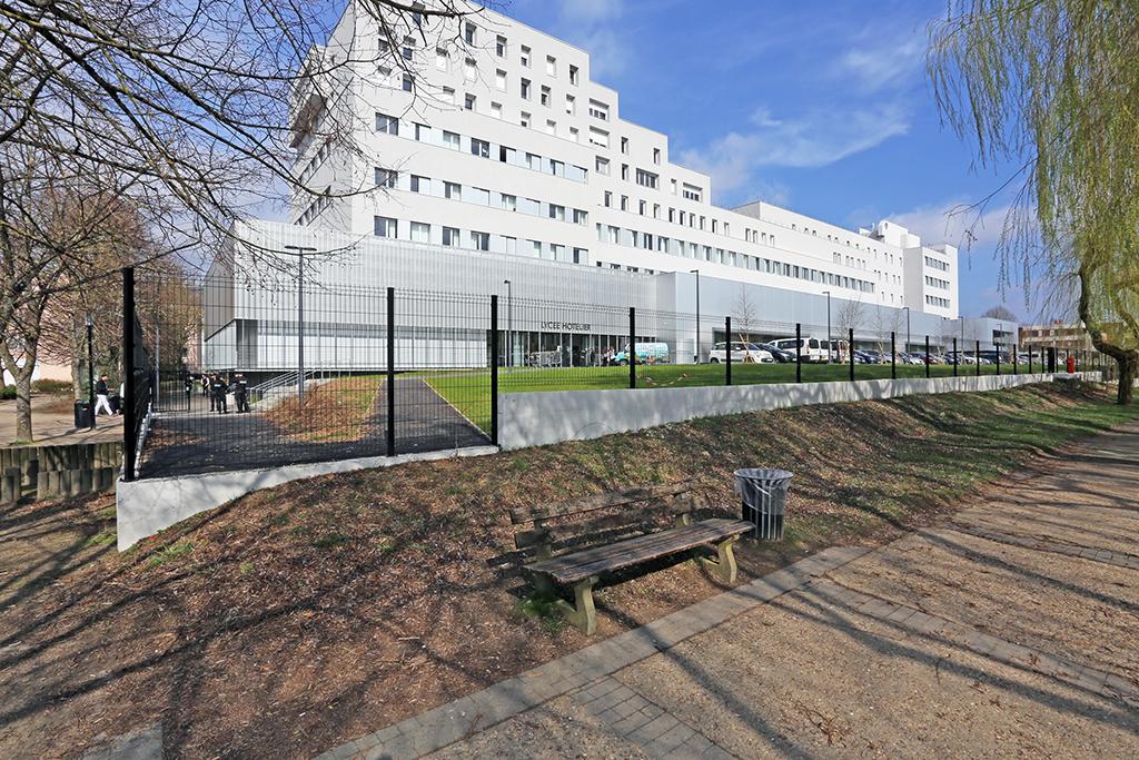 Inauguration du lyc e d h tellerie et de tourisme de guyancourt citallios - Office de tourisme st quentin ...